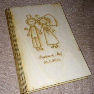 Kutija ta DVD s ugraviranim crtežom